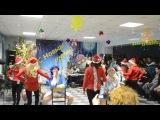 танец Дедов Морозов и Снегурочек:D